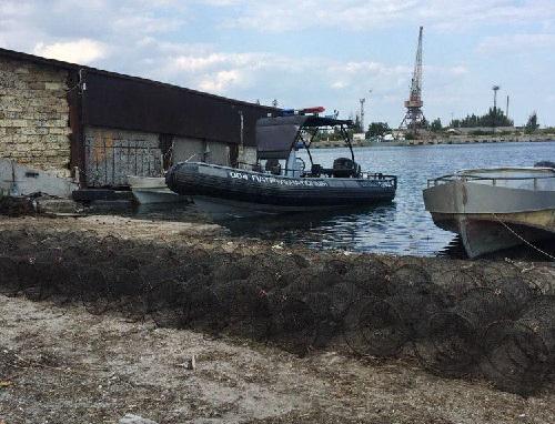 Азовський рибоохоронний патруль за вихідні вилучив 130 заборонених знарядь лову